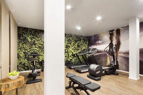 FourSide Hotel Braunschweig - Fitnessroom