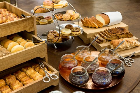 NH Amsterdam Doelen - Breakfast Buffet