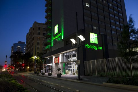 Holiday Inn HOUSTON DOWNTOWN - Hotel Exterior
