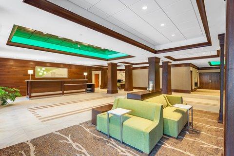 Holiday Inn CHARLOTTESVILLE-MONTICELLO - Hotel Lobby