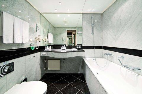 فندق ماريتيم برو آرتي برلين - Bathroom Suite