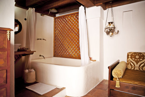 Alfiz Hotel - Independence Room