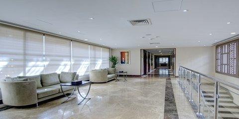 فندق كراون بلازا المدينة - Hallway