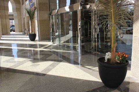 فندق كراون بلازا المدينة - Hotel Exterior