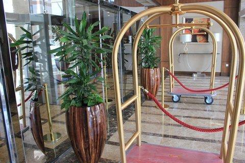 فندق كراون بلازا المدينة - Hotel Entrance