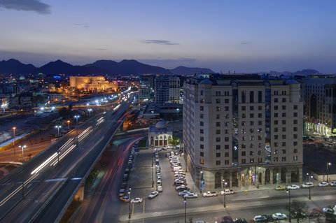 فندق كراون بلازا المدينة - Exterior Feature