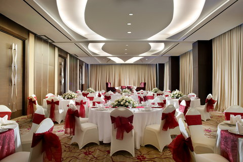 Crowne Plaza BANDUNG - Pasteur Meeting Room with set up for Dinner Event