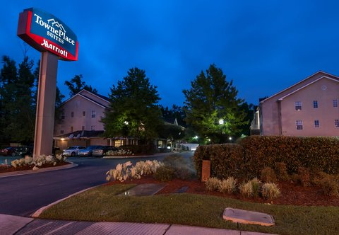 Towneplace Suites By Marriott Baton Rouge Hotel - Entrance