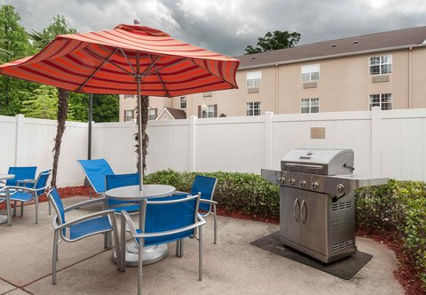 Towneplace Suites By Marriott Baton Rouge Hotel - Outdoor Patio