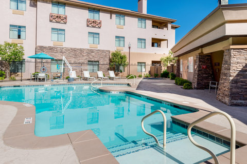 Holiday Inn Express & Suites ST. GEORGE NORTH - ZION - Swimming Pool