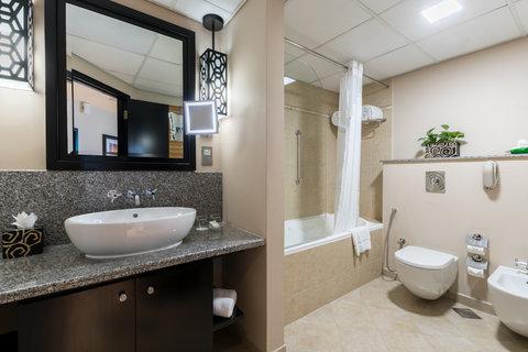 فندق هوليدي ان البرشا - Bathroom Amenities