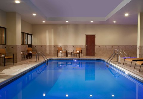 Courtyard Bloomington - Indoor Pool