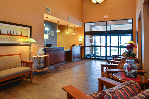 Holiday Inn Express & Suites ST. GEORGE NORTH - ZION - Inviting Hotel Lobby