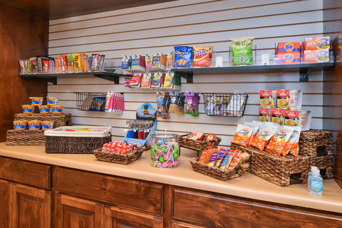 Holiday Inn Express & Suites ST. GEORGE NORTH - ZION - Suite Shop