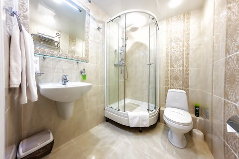 Avrora Hotel Khabarovsk - Bathroom in Suite Room
