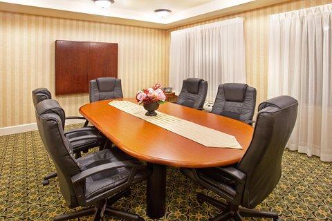 Staybridge Suites AURORA/NAPERVILLE - Meeting Room