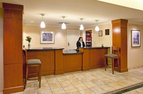 Staybridge Suites AURORA/NAPERVILLE - Front Desk
