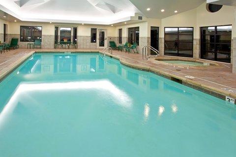 Staybridge Suites AURORA/NAPERVILLE - Swimming Pool