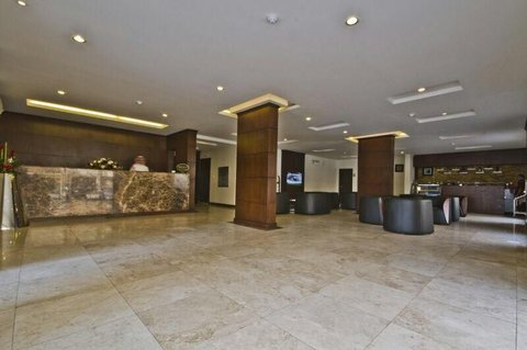 Stars Home Suites Hotel - Al Hamra - Lobby and Reception