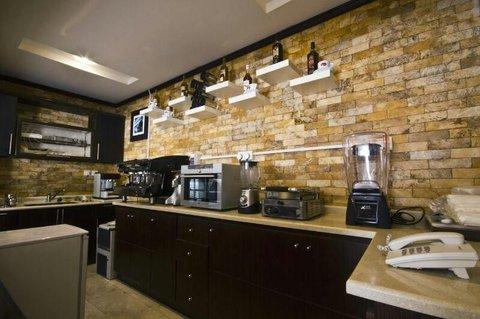 Stars Home Suites Hotel - Al Hamra - Breakfast Area