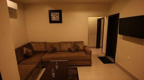 Stars Home Suites Hotel - Al Hamra - Living Room