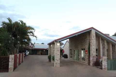 Midlander Motor Inn - Exterior