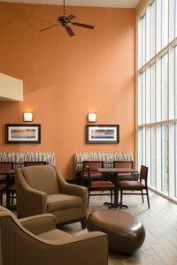 Restaurant - Holiday Inn Express Hotel & Suites Cherokee
