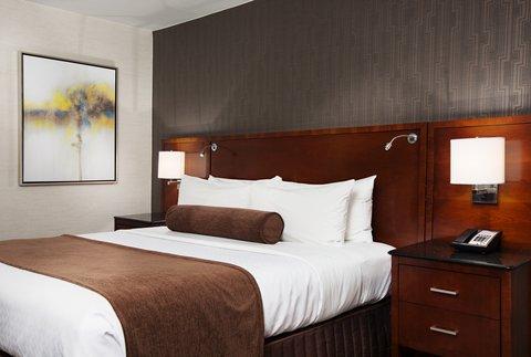 Marriott Charlotte Executive Park Hotel - Guest Room