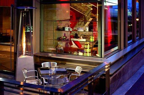 The Ritz-Carlton, Charlotte - Bar Cocoa Outdoor Seating