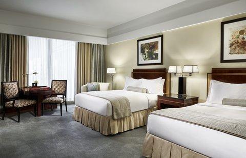 The Ritz-Carlton, Charlotte - The Ritz Carlton Charlotte Bedroom Beds