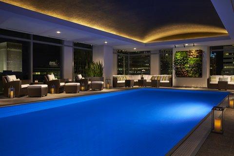 The Ritz-Carlton, Charlotte - The Ritz Carlton Charlotte Pool