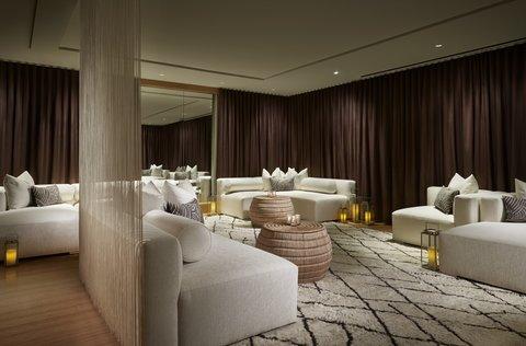 The Ritz-Carlton, Charlotte - The Ritz Carlton Charlotte Relaxation Room