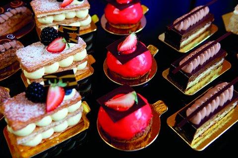 The Ritz-Carlton, Charlotte - Individual Pastries Bar Cocoa