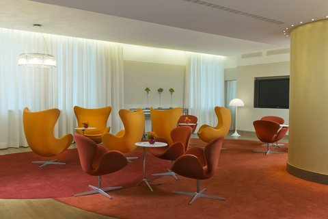 InterContinental BERLIN - Conference Floor Lounge