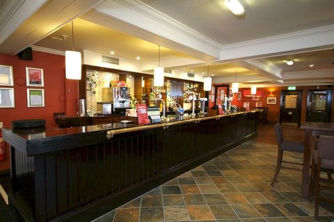Pride of Lincoln by Good Night Inns - Bar
