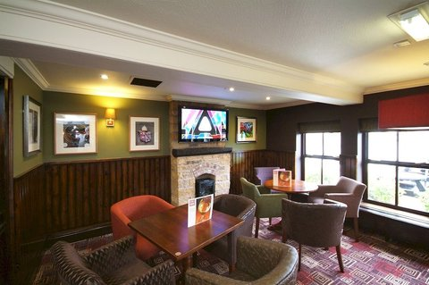Pride of Lincoln by Good Night Inns - Lounge