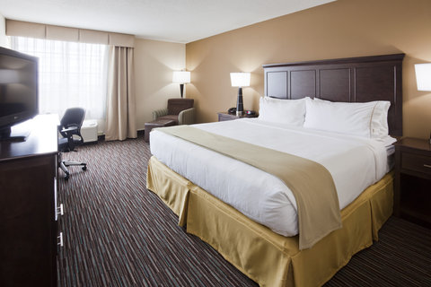 Holiday Inn Express & Suites WILLMAR - King Bed Guest Room