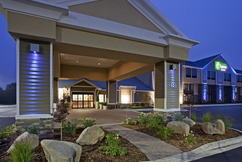 Holiday Inn Express & Suites WILLMAR - The Holiday Inn Express and Suites in Willmar  MN