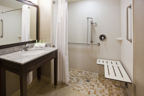 Holiday Inn Express & Suites WILLMAR - Facilities for all to get what they need on their Willmar visit