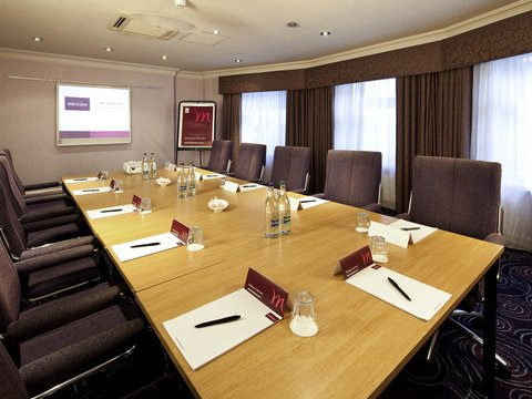 Mercure Chester Abbots Well Hotel - Meeting Room