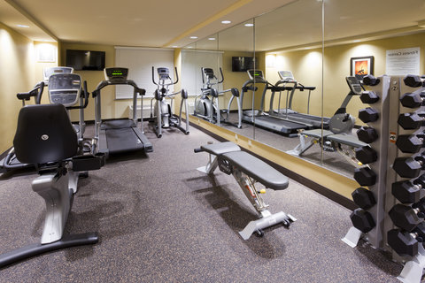 Holiday Inn Express & Suites WILLMAR - 24 Hour Fitness Center