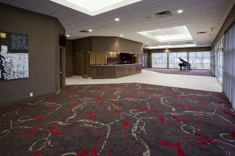 Holiday Inn Express & Suites WILLMAR - The adjacent Willmar Conference Center has 10 000 sq feet of space