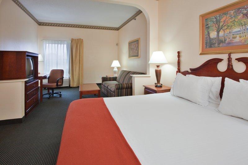 Holiday Inn Express PLYMOUTH - Kelford, NC
