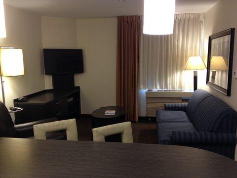 Candlewood Suites DETROIT-ANN ARBOR - Suite