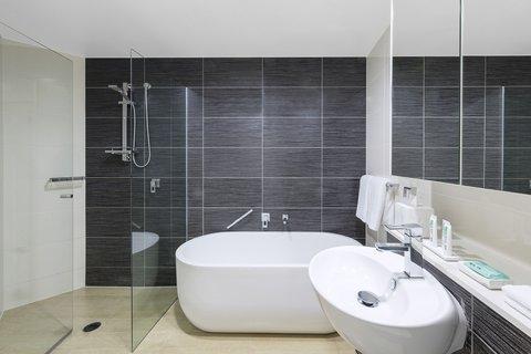 Meriton Serviced Apartments Herschel Street - Altitude Suite With Bedroom Ensure