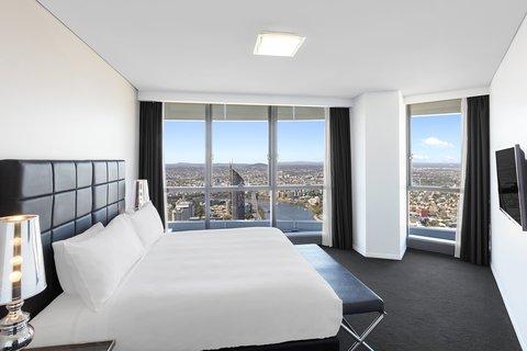 Meriton Serviced Apartments Herschel Street - Infinity Suite with 3 Bedrooms