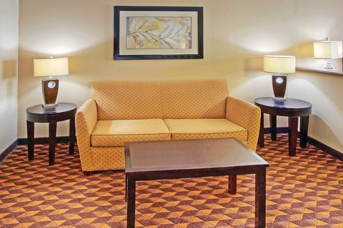 Holiday Inn Express & Suites ALBUQUERQUE MIDTOWN - Pull Out Sleeper Sofa