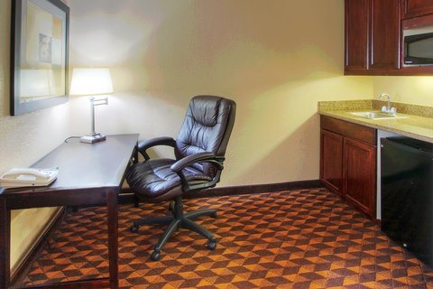 Holiday Inn Express & Suites ALBUQUERQUE MIDTOWN - Office Nook
