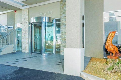 Quality Suites Deep Blue - Exterior