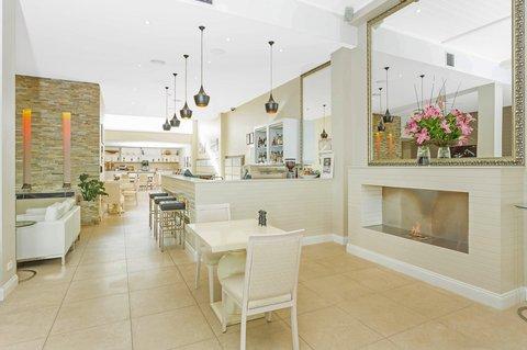 Quality Suites Deep Blue - Restaurant